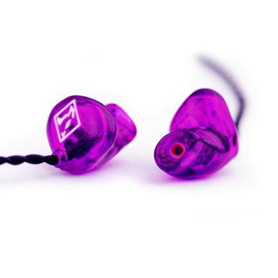 Hörluchs HL2 In-Ear Kopfhörer in lila - Gisbrecht Hörakustik Saar - Daniel Elger Design